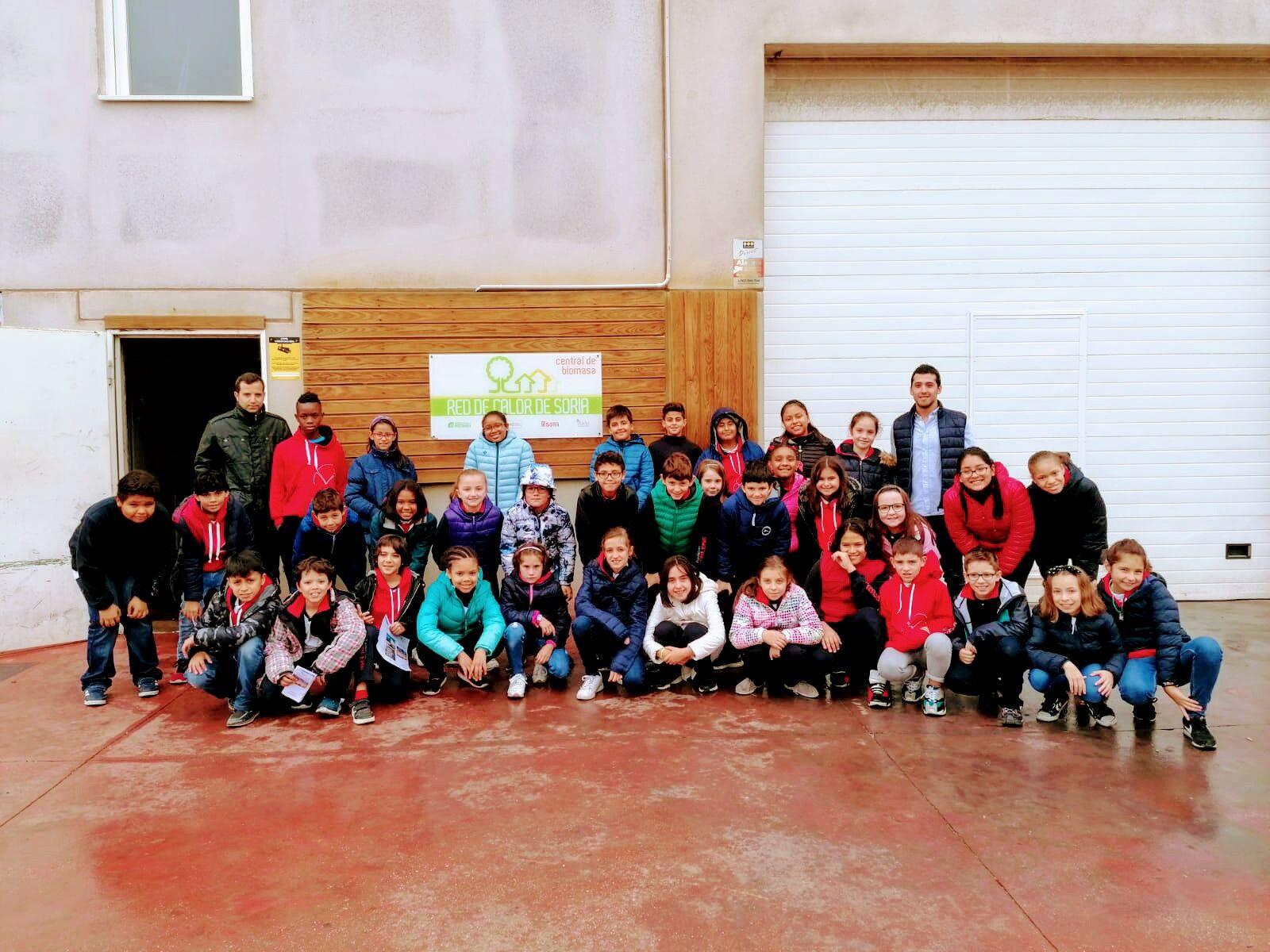 Los alumnos de 5º de Educación Primaria del colegio Trilema Soria visitan la central térmica