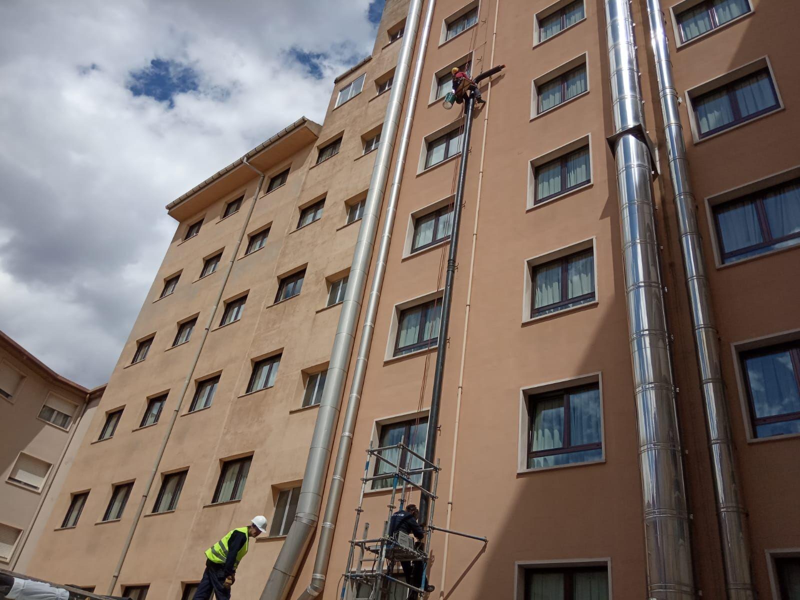 Conexión Hotel Alfonso VIII de Soria en su fachada interior
