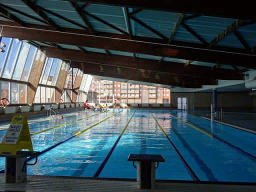 Prado Sport contrata la energía renovable de la Red de Calor Aranda en la Piscina Municipal