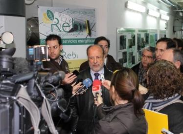 REBI SLU: El alcalde de Valladolid visita la sala de calderas de Grial